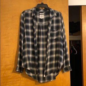 American Eagle flannel size L! Lightly worn!